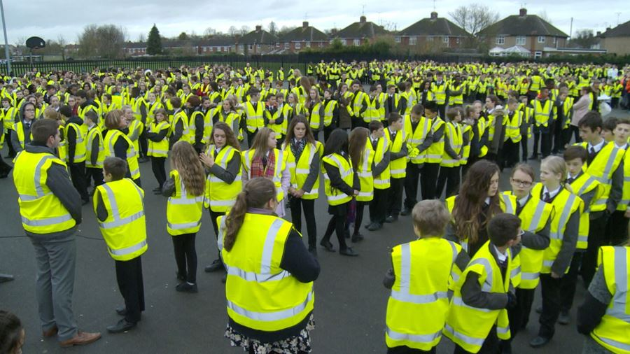 The World's largest gathering of Hi visibility vests !