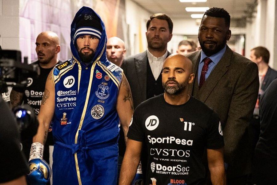 MERCHANDISE IN ACTION TONY BELLEW TAKE A BOW !